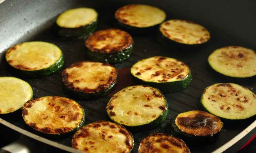 How to Use a Griddle on Stove Tops: The Best Tips and Tricks
