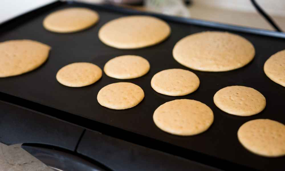 What Temperature Do You Cook Pancakes at on a Griddle?