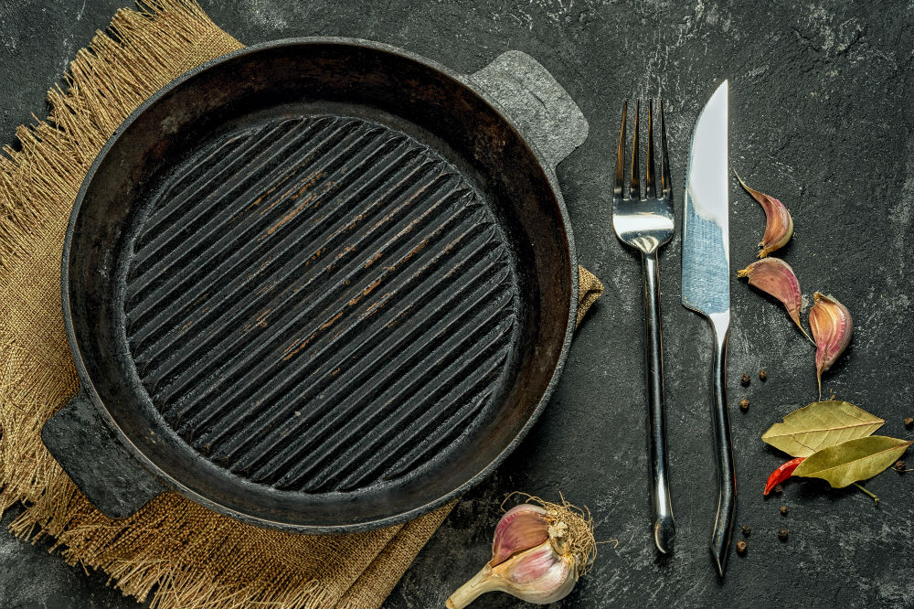 How to Clean a Cast Iron Griddle 2