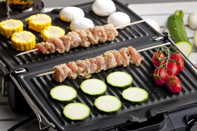 Best Indoor Smokeless Electric Grills - thecookwareexpert.com