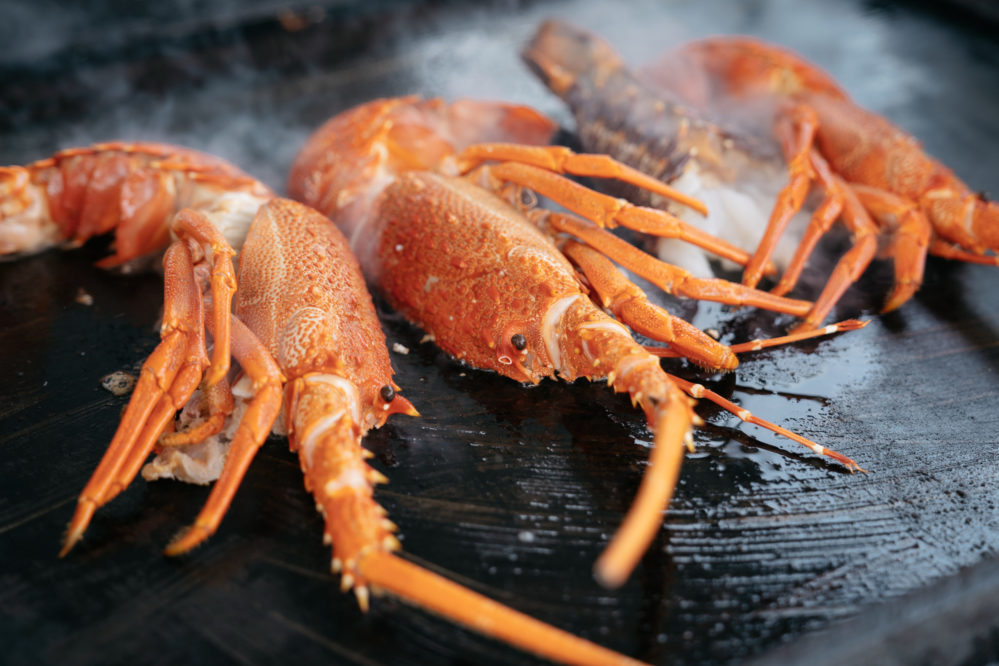 How to Cook Lobster Tails on a Griddle?